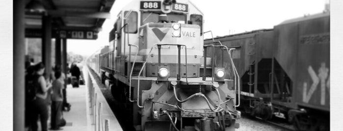 Estação Ferroviária Intendente Câmara is one of Tempat yang Disukai Thiago.