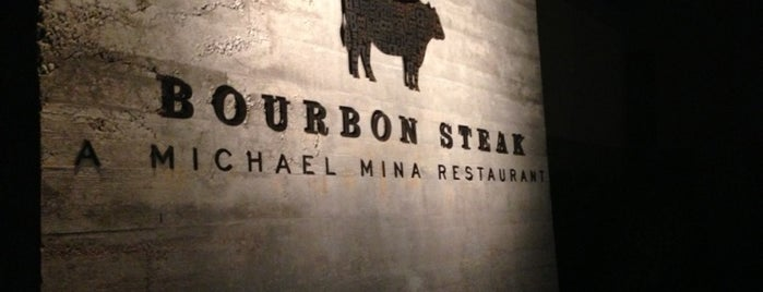 Bourbon Steak is one of Nurcan 님이 저장한 장소.