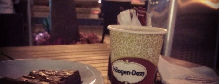 Häagen-Dazs is one of Lieux sauvegardés par Queen.
