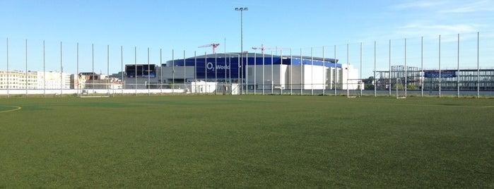 METRO-Fußballhimmel is one of Orte, die Christian gefallen.