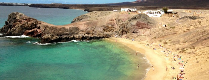 Playa de Papagayo is one of Visitar en Lanzarote.