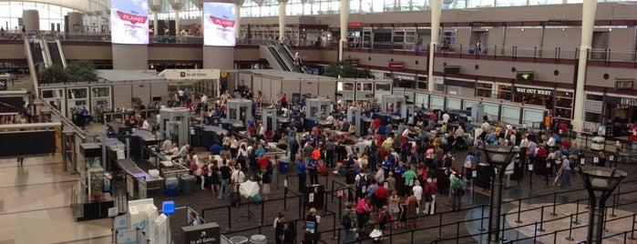 Flughafen Denver International (DEN) is one of Heaven Places.