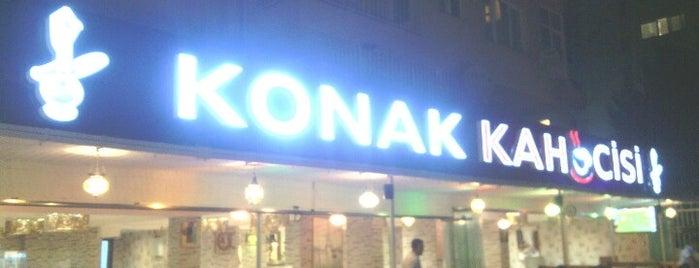 Konak Kahvecisi is one of Lieux qui ont plu à ömer yasin.