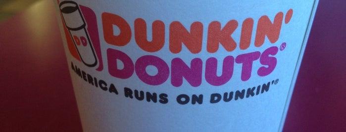 Dunkin' is one of Tempat yang Disukai Mario.