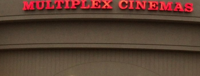 Linden Boulevard Multiplex Cinemas is one of JULIEさんの保存済みスポット.