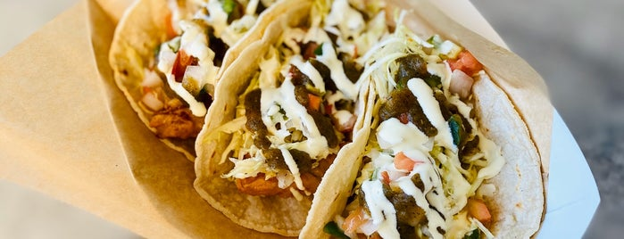 Ricky's Fish Tacos Truck is one of Los Angeles More.
