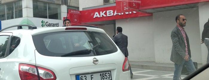 Akbank is one of Orte, die Ozn_l gefallen.