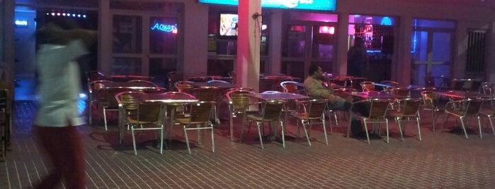 Acuarius Restaurante Bar is one of Bruna 님이 저장한 장소.
