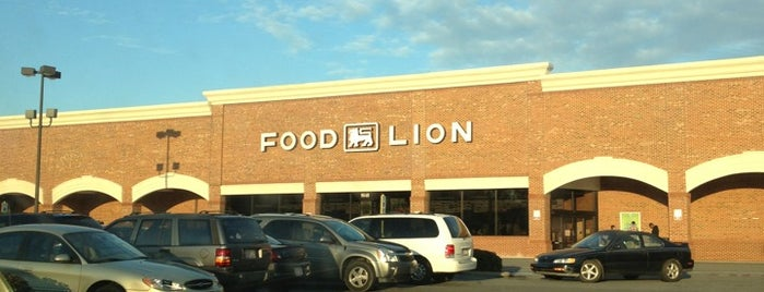 Food Lion Grocery Store is one of Lieux qui ont plu à Leilani.