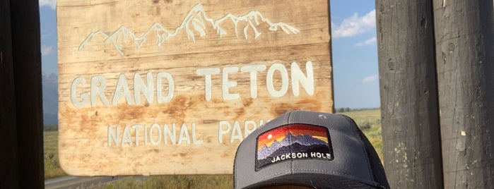 Grand Teton National Park (Dornans Emtrance) is one of Wild West Travel - 2020.