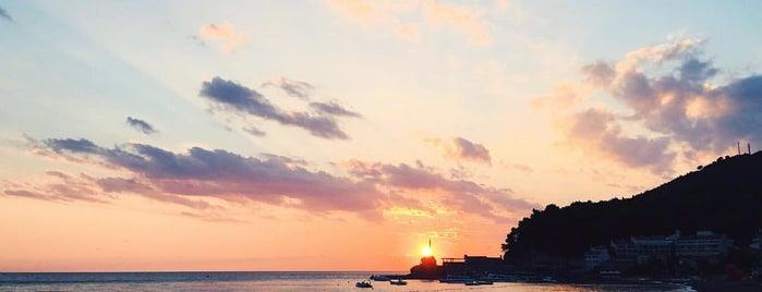Petrovac na moru is one of Lugares favoritos de Maria.