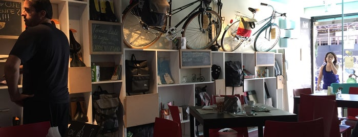 Aro 27 Bike Café is one of Posti che sono piaciuti a Gabi.