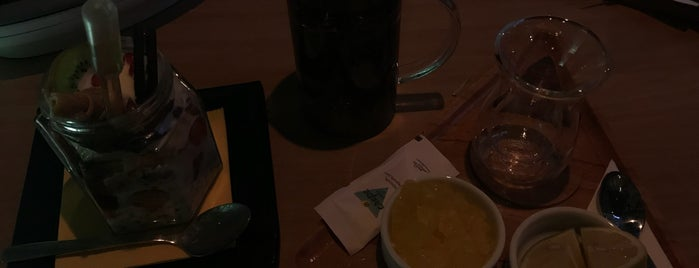 crepe cafe2/كافه كرپ ٢ is one of Sim : понравившиеся места.
