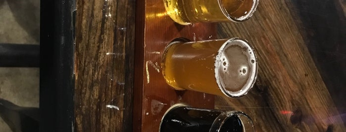 ETX Brewing Company is one of Locais curtidos por Jason.
