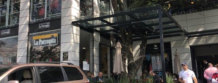 Café Parroquia is one of R 님이 좋아한 장소.