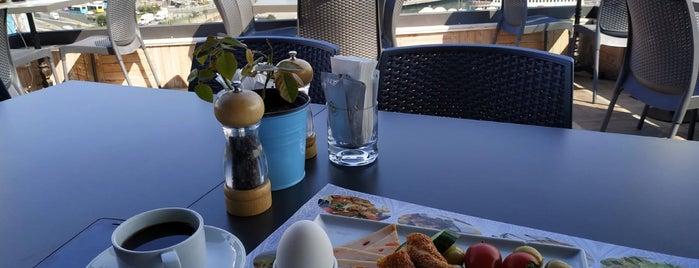 Alpek Restaurant is one of Посетить.