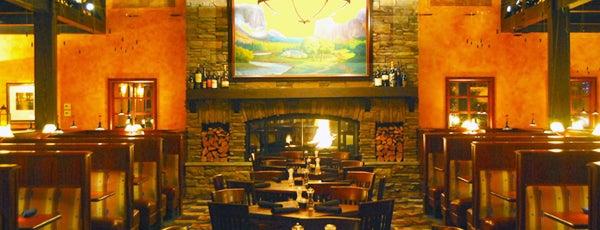 Village Tavern is one of Posti salvati di Bonus.