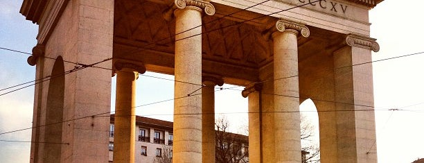 Porta Ticinese (Pusterla) is one of Milano, Repubblica Italiana.