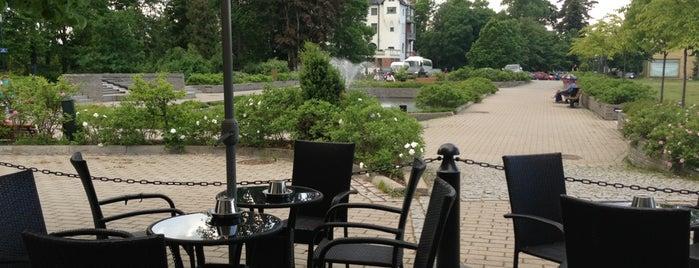 Bar&Cafe Kuohu is one of Tempat yang Disukai T..
