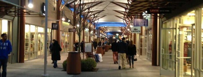 Seattle Premium Outlets is one of Seattle, WA.