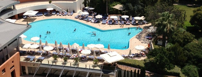 Swissôtel Büyük Efes is one of 50 Best Swimming Pools in the World.