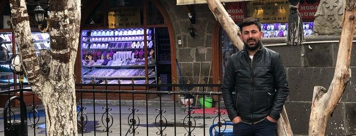 Taşhan Seda Oltutaşı Ve Gümüşçülük is one of Orte, die zehra gefallen.
