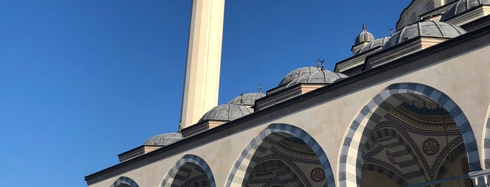 Bilal Saygılı Camii is one of ahmet 님이 좋아한 장소.