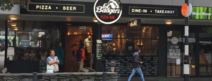 Fat Badgers Pizza is one of Posti che sono piaciuti a Jase.