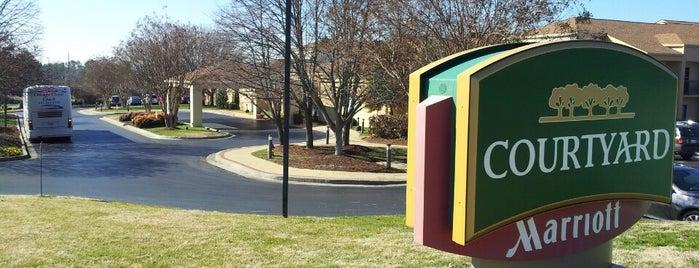 Courtyard Nashville Brentwood is one of สถานที่ที่ Lauren ถูกใจ.