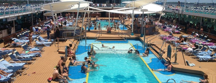 Royal Carribean - Majesty Of The Seas is one of Posti che sono piaciuti a Donna.