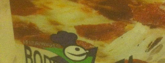 Bodega & Pizza is one of conheço.