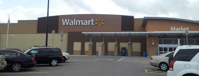 Walmart Supercenter is one of Tempat yang Disimpan Mzz.