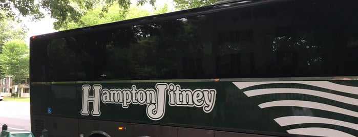 Hampton Jitney - East Hampton is one of Lugares favoritos de Laura.