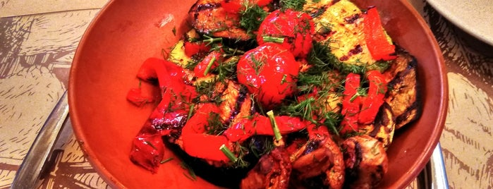 Vinograd is one of Бари, ресторани, кафе Рівне.