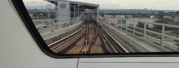Canada Line SkyTrain is one of Vinícius : понравившиеся места.