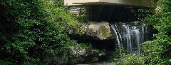 Fallingwater is one of 建築マップ.