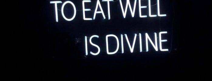 EAT UP is one of Fajer : понравившиеся места.