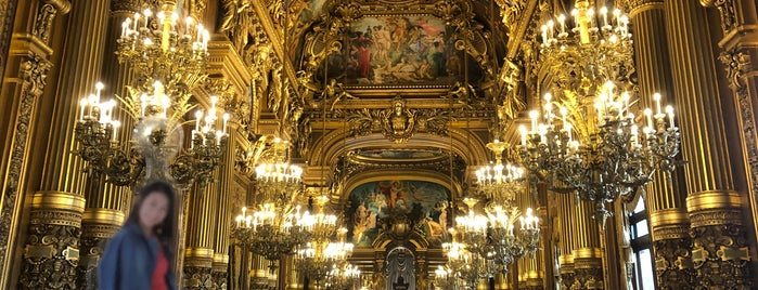 La Galerie de l'Opéra de Paris is one of Loresimaqqさんのお気に入りスポット.
