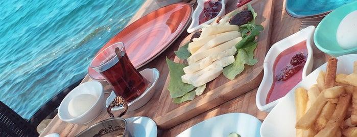 Bonjour Balık & Güveç Evi is one of สถานที่ที่บันทึกไว้ของ GuL.