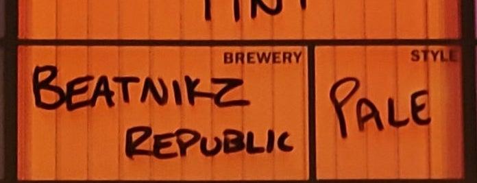 Beatnikz Republic is one of Tempat yang Disukai Carl.