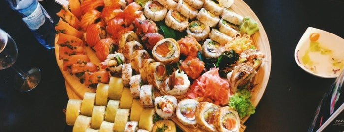 Hana Sushi is one of Lugares guardados de Elena.