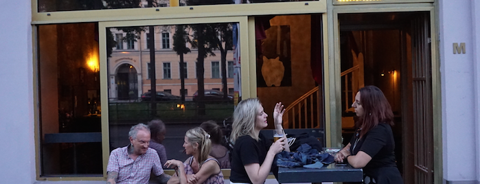 Melloch Bar is one of Johannes : понравившиеся места.