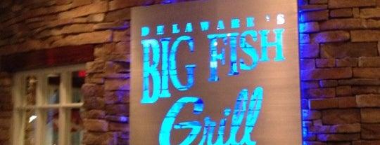 Big Fish Grill is one of สถานที่ที่ Dennis ถูกใจ.