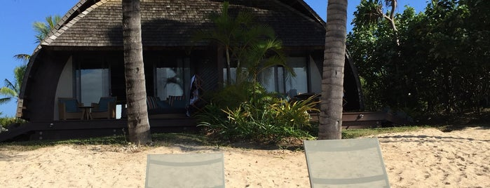 Fiji Marriott Resort Momi Bay Lagoon is one of สถานที่ที่ Michael ถูกใจ.