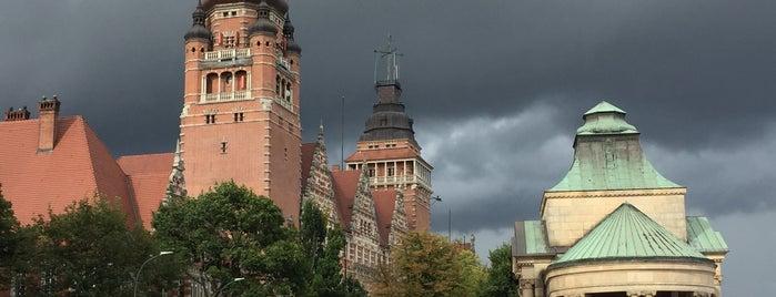 Muzeum Narodowe w Szczecinie is one of Lieux sauvegardés par Sevgi.