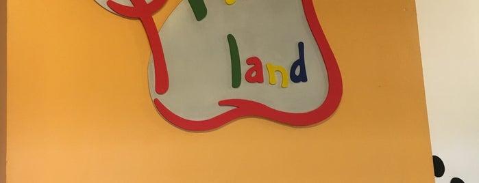 Prints land is one of Lugares guardados de Miguel Angel.