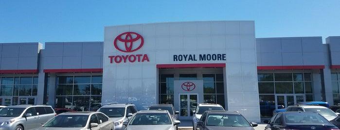 Royal Moore Toyota is one of Orte, die Jennifer gefallen.