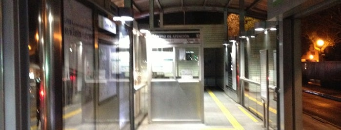 Metrobús Centro Médico is one of สถานที่ที่ Palmidia ถูกใจ.