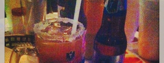 La Valentina Bar is one of Tempat yang Disukai Rodrigo.