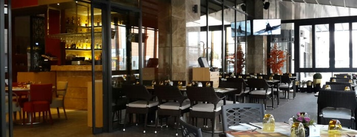 Divan Pub is one of 🆉🅴🆈🅽🅴🅻さんの保存済みスポット.